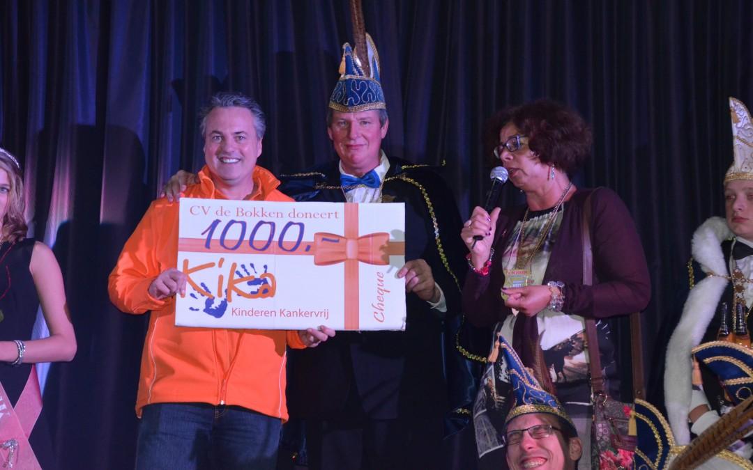 Bokken doneren 1000 euro aan KiKa