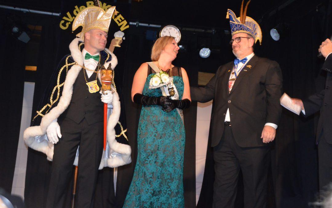 Bokken presenteren nieuw Prinsenpaar Ron en Sandy Kortekaas