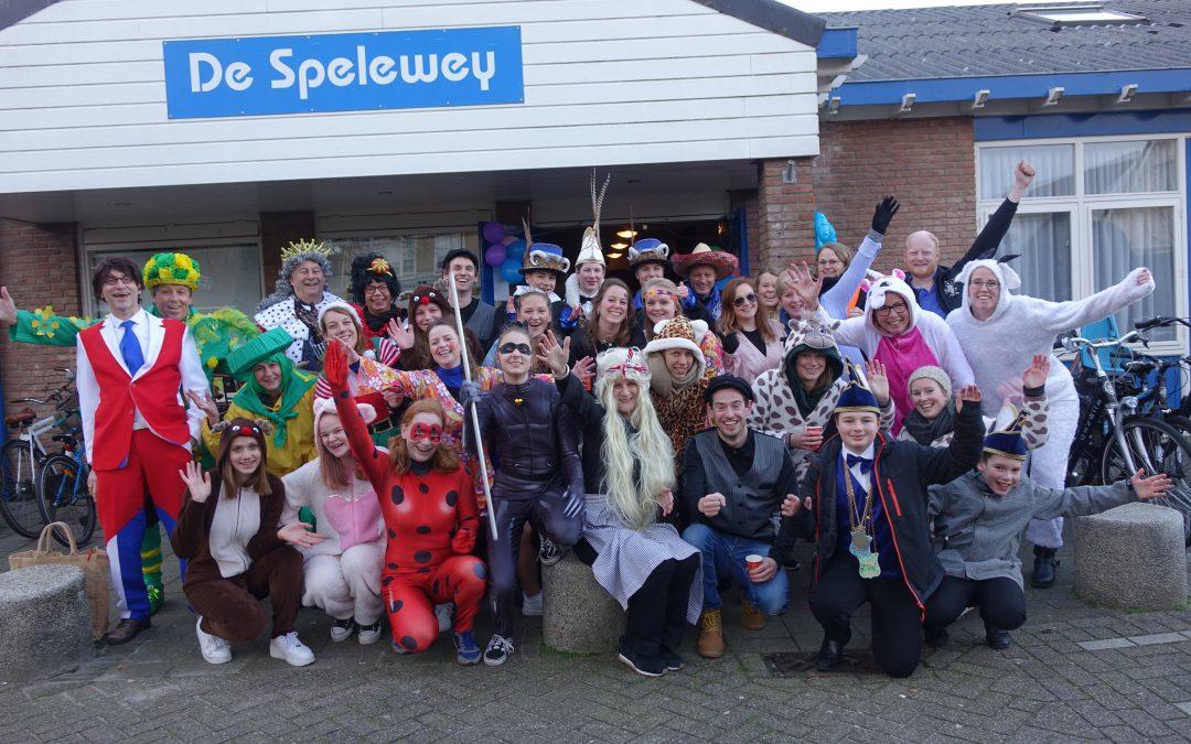 122 kinderen op jacht naar 22 'vossen' in Voorhout