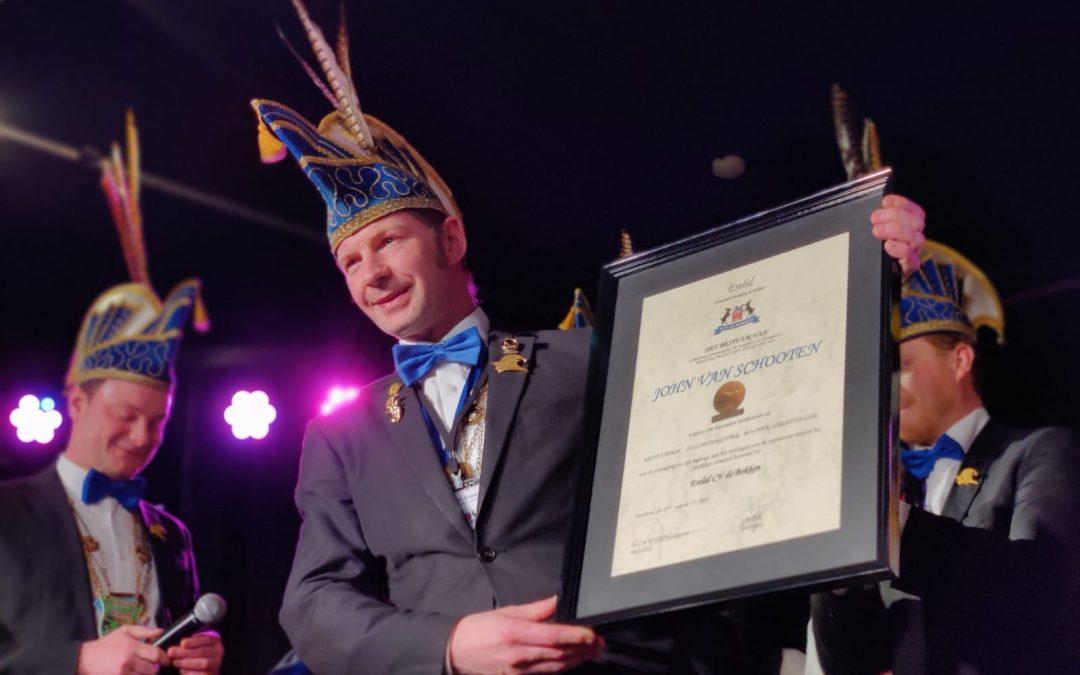 John van Schooten verheven tot erelid Carnavalsvereniging de Bokken
